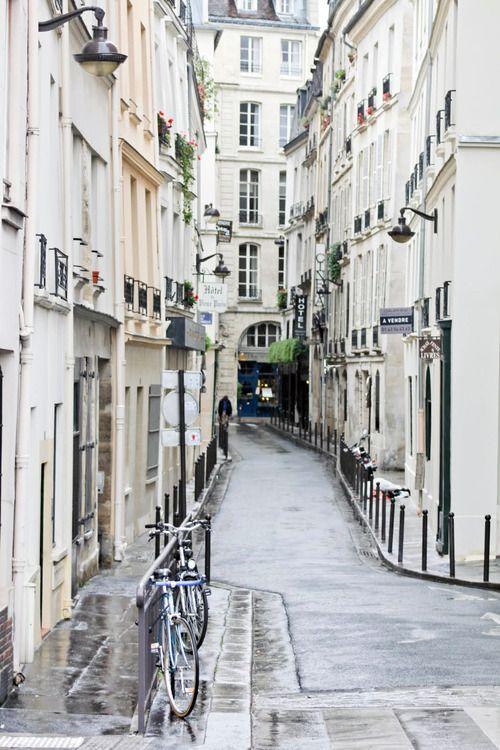 pin von alex auf paris reisen paris und frankreich. Black Bedroom Furniture Sets. Home Design Ideas