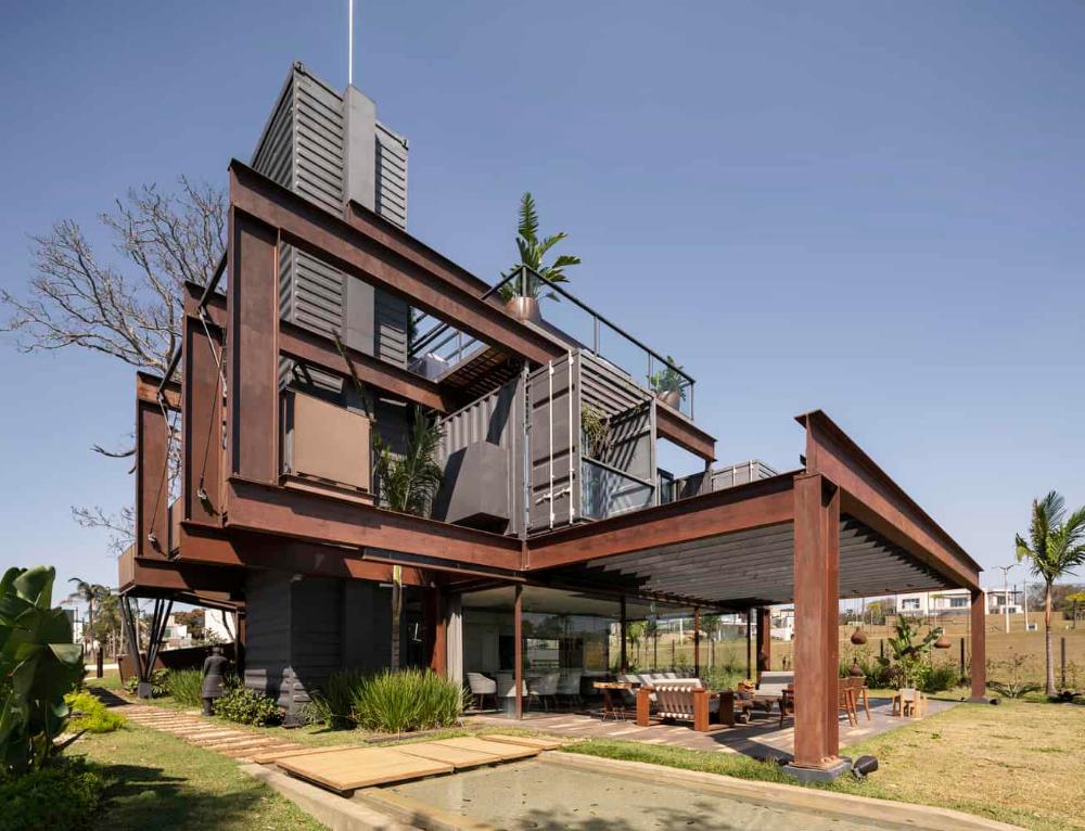 Laif House by Bauen Architects | Metal Building Homes #metalbuildinghomes