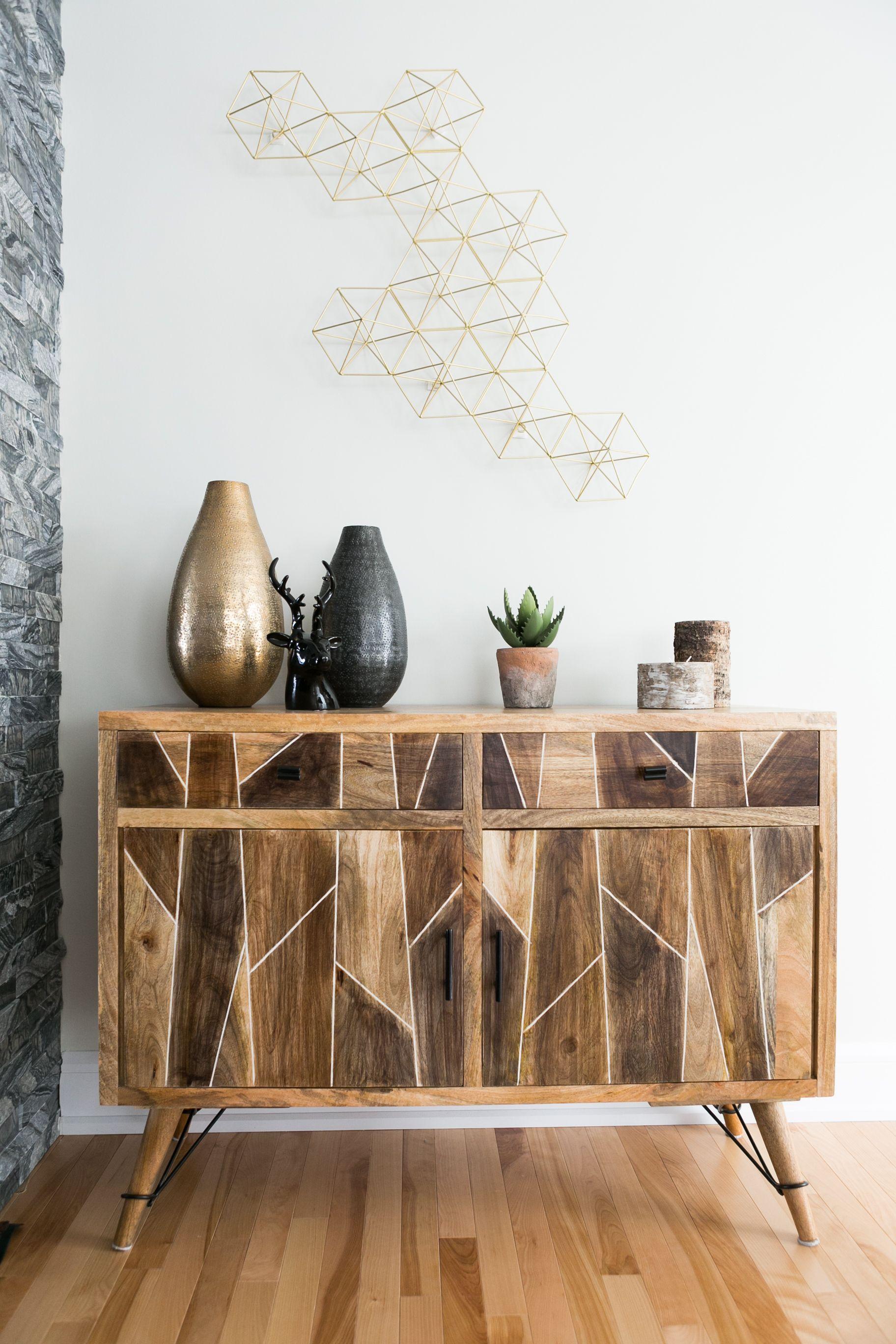 Accessoirisez Vos Meubles Afin De Leur Donner Vie Amenagement Interieur Interior Bois Elegant Style Composition Wood Decor Home Decor Furniture