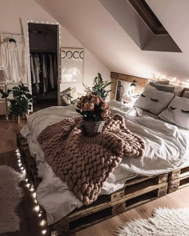 ✔71 cozy minimalist bedroom decorating ideas with special look 17 ~ aacmm.com #bohobedroom