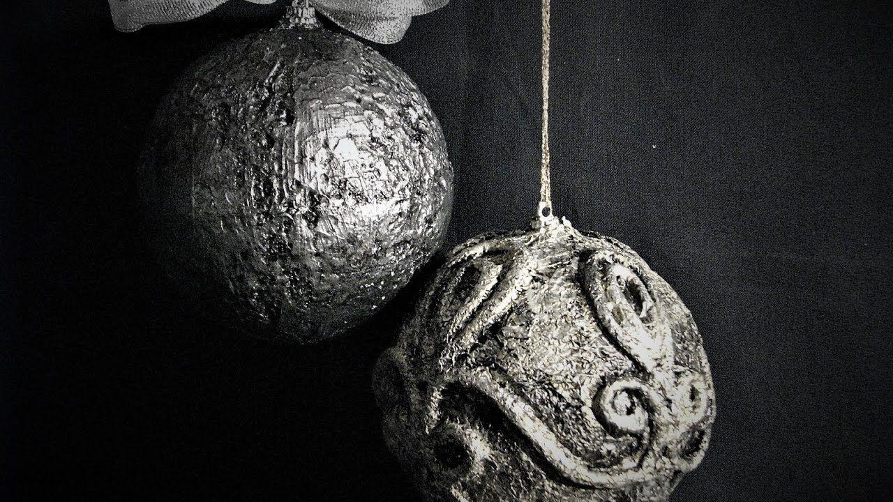 Jak Zrobic Bombki Wygladajace Jak Ze Starego Srebra Pomysly Plastyczne How To Make Ornaments Christmas Ornaments Christmas Ornaments To Make