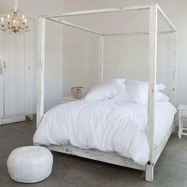 House Thinking & Canopy Beds