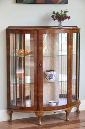 Bow Front Display Cabinet Crystal Convex Gl Walnut Cabriole