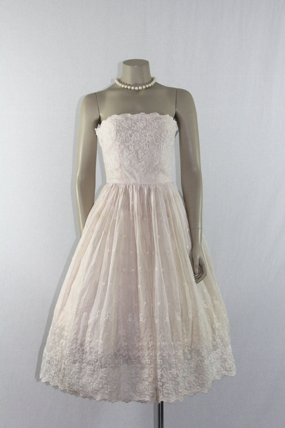 Retro wedding dress  On HoldStrapless Vintage Wedding Dress  us White and Pale