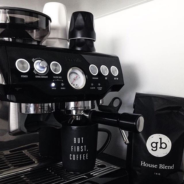 Monday Ft Our Breville Barista Express Available In Stainless Steel And This Amazing Black Sesame Perfect Your Home B Coffee And Books House Blend Coffee