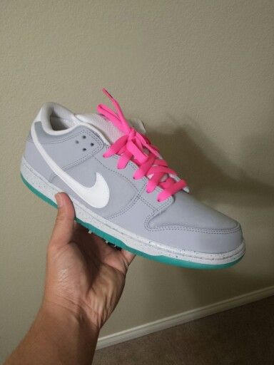 Nike SB Dunk Mcfly with Neon Pink Lace Swap