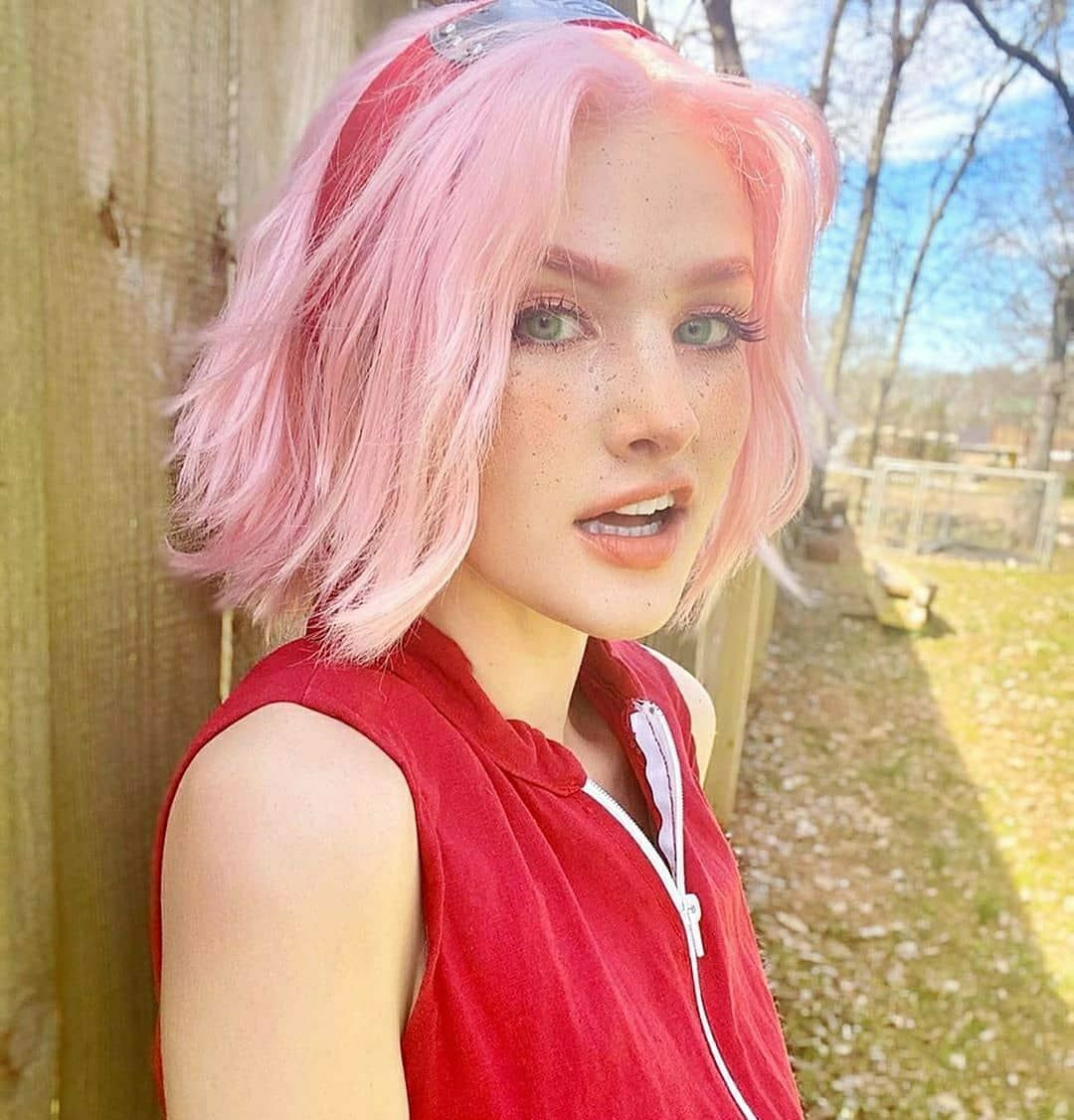 "Photo of ☆Cosplay | Anime☆ on Instagram: ""Sakura Haruno from Naruto  CN: @fratbrother  Follow @cosplay___anime for more ?  #오타쿠 #オタク #動漫 #アニメ #애니메이션 #انمي  #anime #animegirl…"""