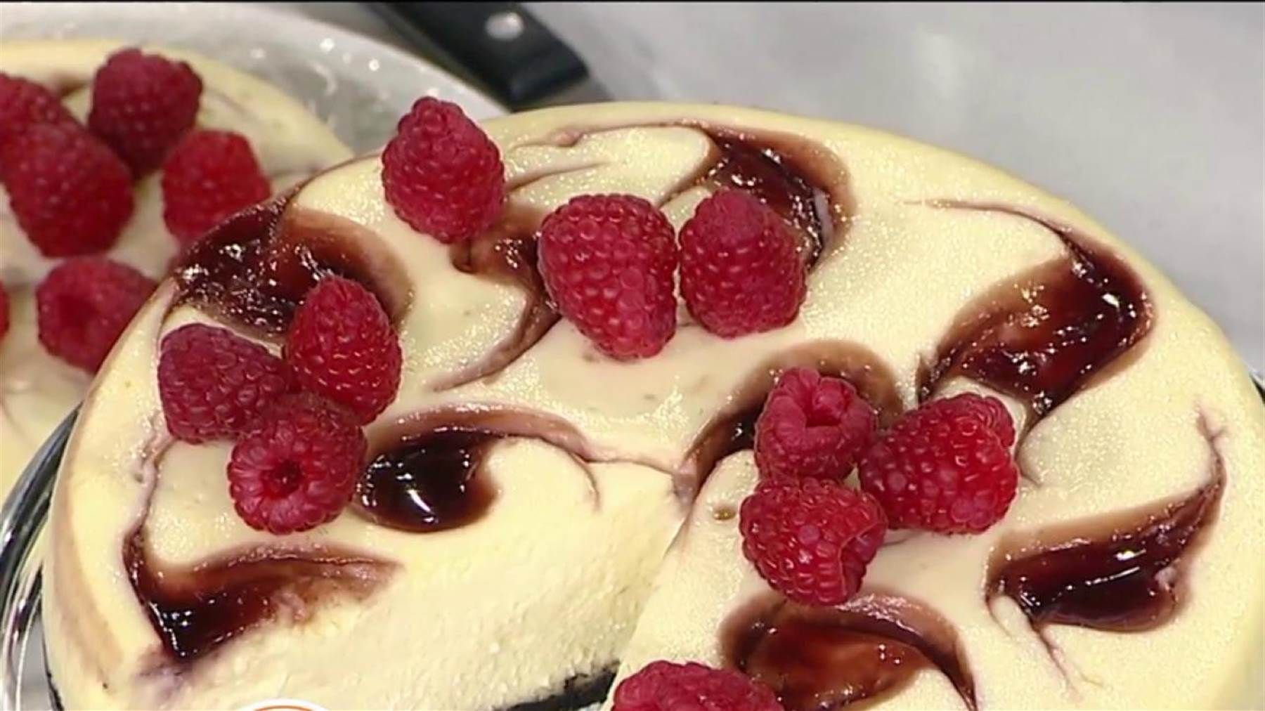 Make lava cake, cheesecake, fudge in your slow cooker: It's simple