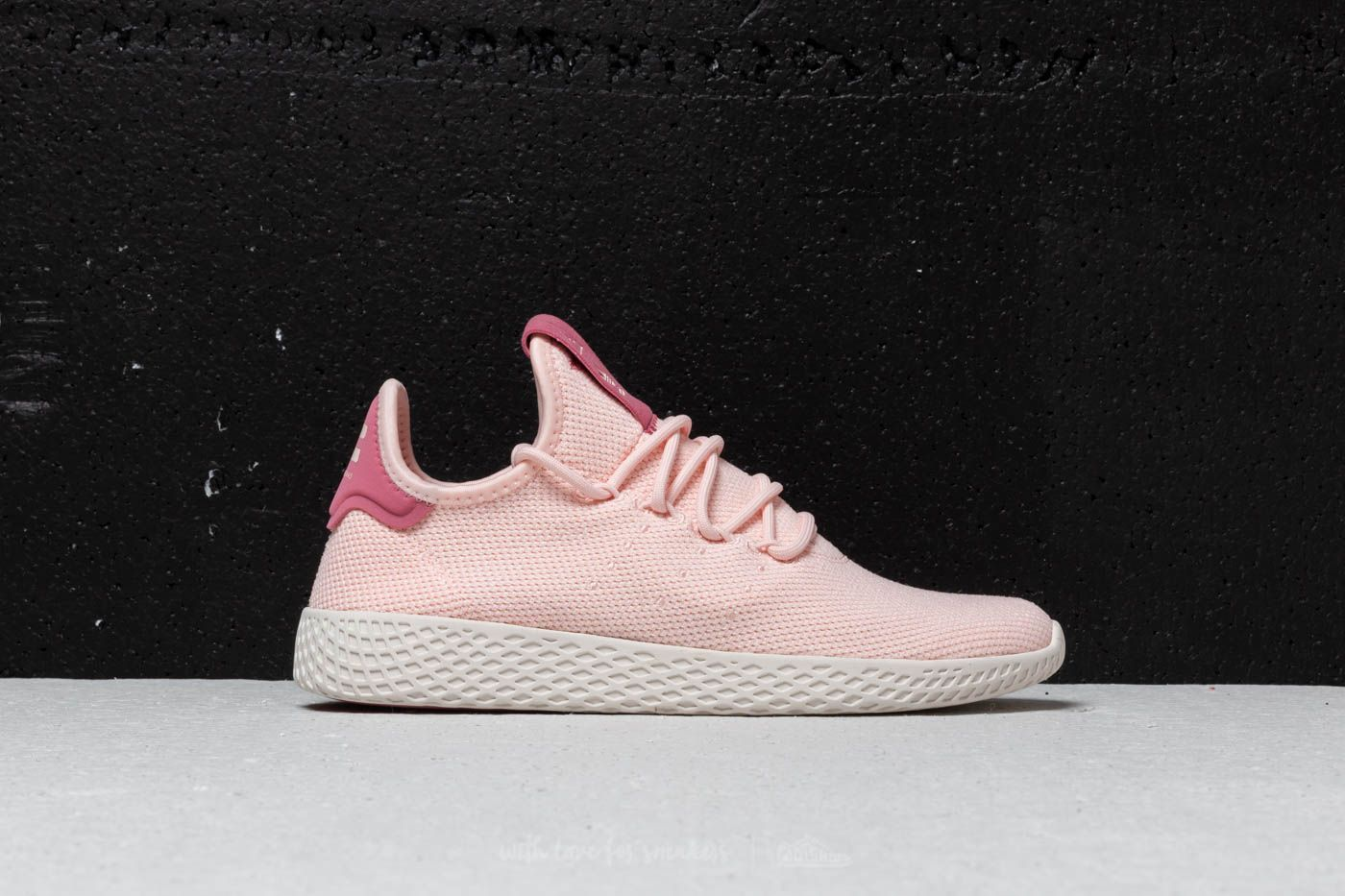 e473b5ddbe2ac adidas x Pharrell Williams Tennis HU W Icey Pink  Icey Pink  Chalk ...