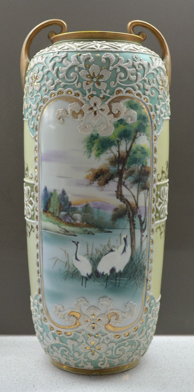 Signed i e c co nippon japanese h p flying crane moriage vase signed i e c co nippon japanese h p flying crane moriage vase reviewsmspy