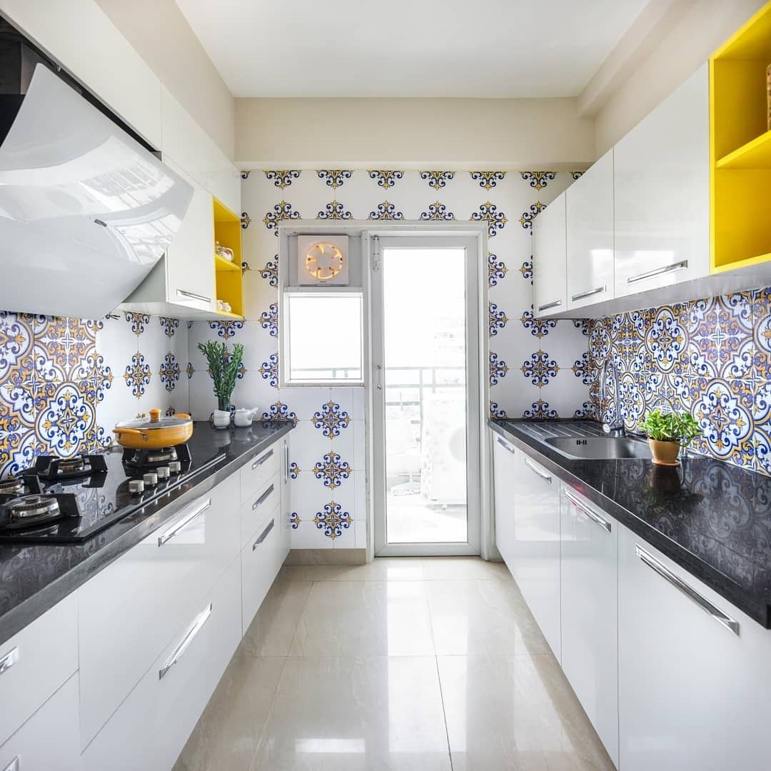 Pin By Sughoshkrishnamany On Swathy Kitchen Furniture Design