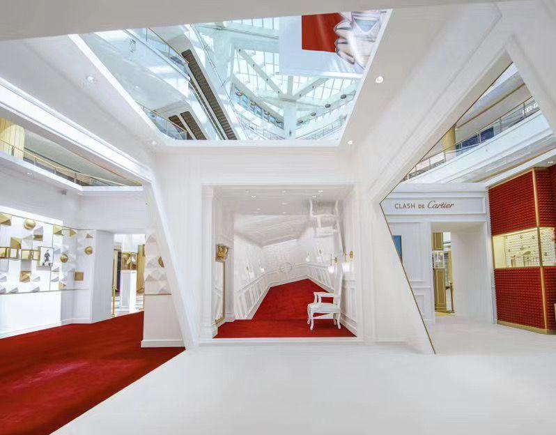 Clash By Cartier In 2020 Creative Design Art Design Pop Up Store