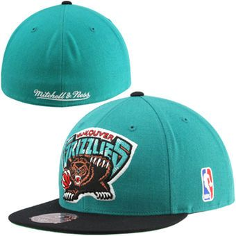 bdcf50873bf ... spain mitchell ness vancouver grizzlies hardwood classics xl logo 2tone  fitted hat teal 50174 81a03
