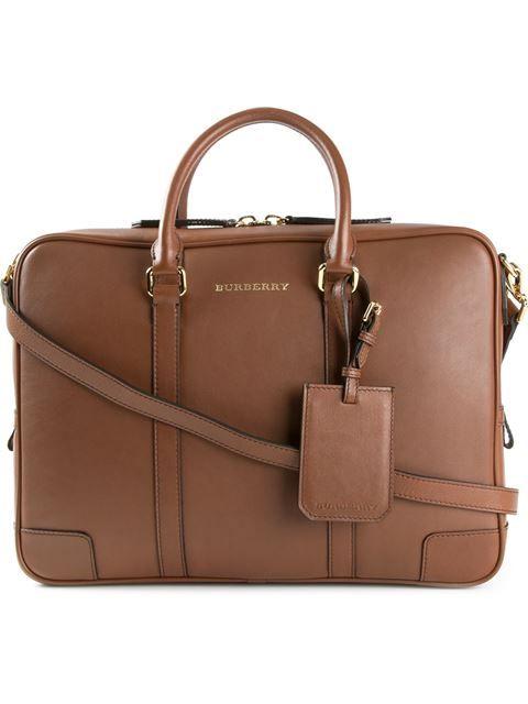 afd1dedafe0 Klassische Tasche von Burberry. Gefunden auf  farfetch.com de ...