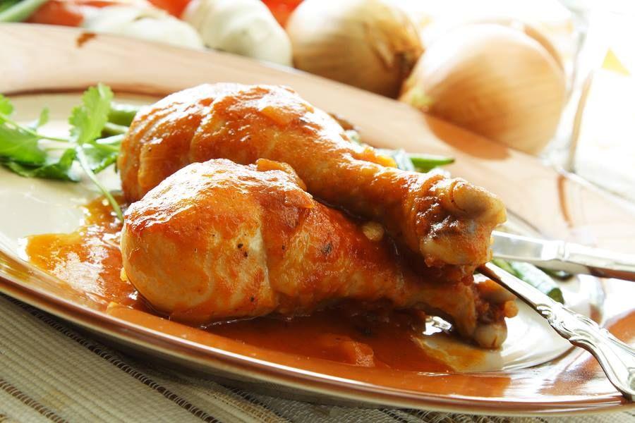 Delicioso pollo al ajillo, encuentra la receta en http://www.1001consejos.com/pollo-al-ajillo