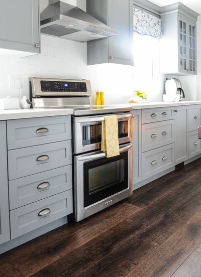 Best Gray Kitchen Cabinets Gray Wall Paint White Subway Tile 640 x 480