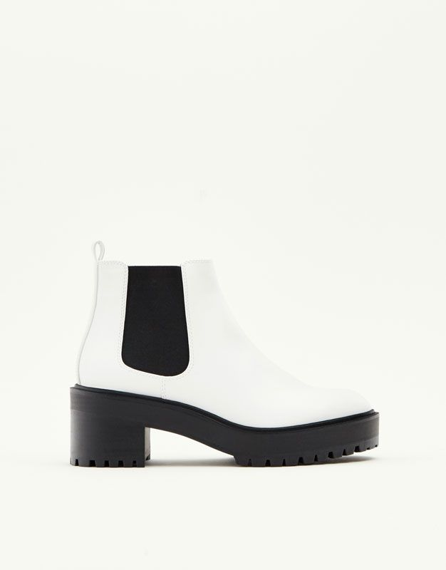 Bottine White Pull Bear 39 99 Boots White Ankle Boots Ankle Boots