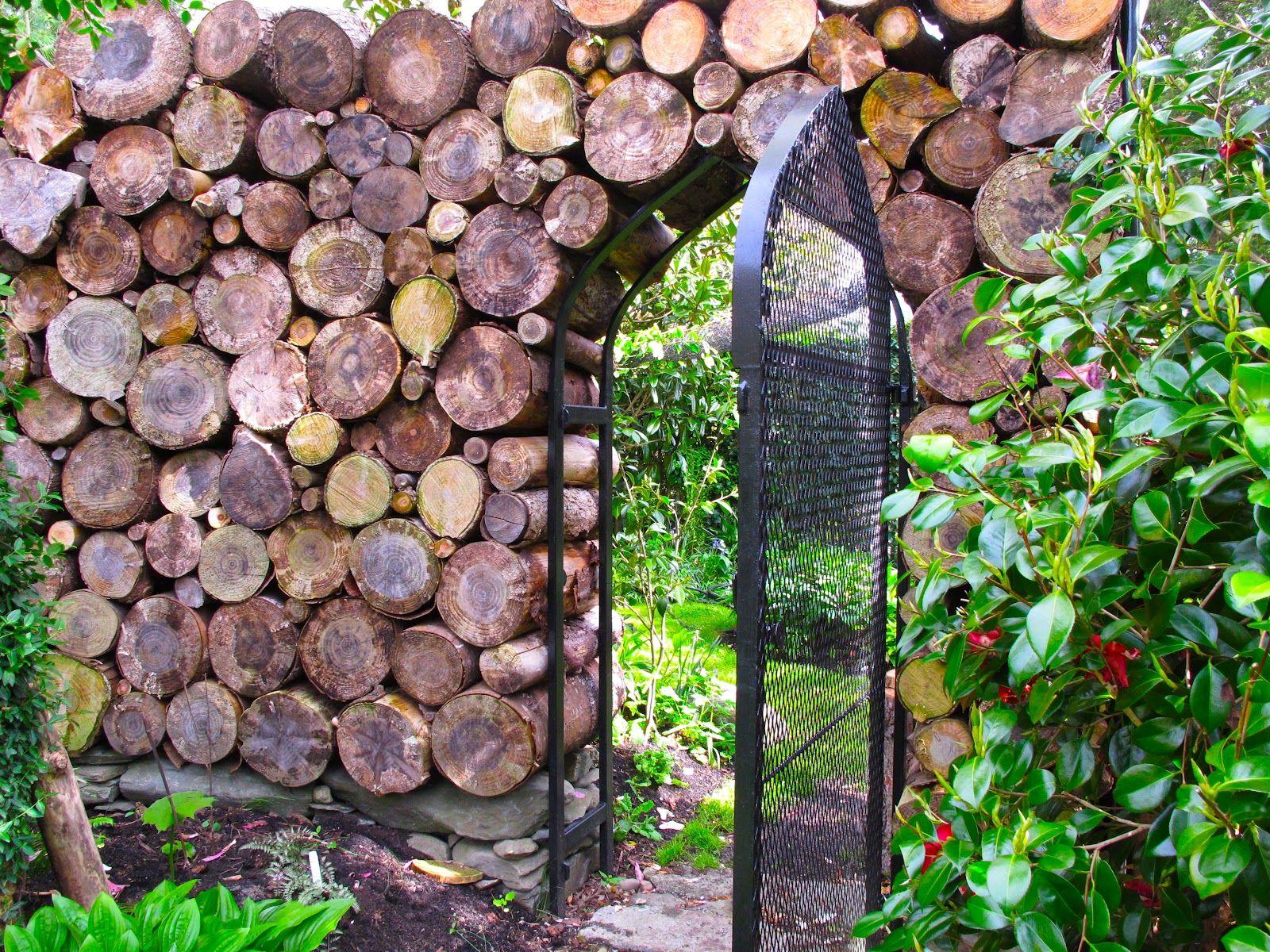 Clôture en rondin | wooden | Pinterest | Idées de clôture ... - Rondin De Bois Deco Jardin