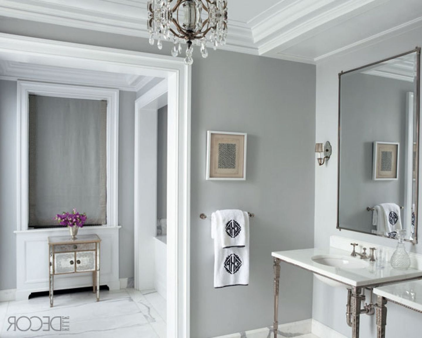 Decoration Good Combination White And Gray Popular Bathroom Paint Colors Minimalist Vanity With Mirror Best Warm Grey Color Ideas For Wall