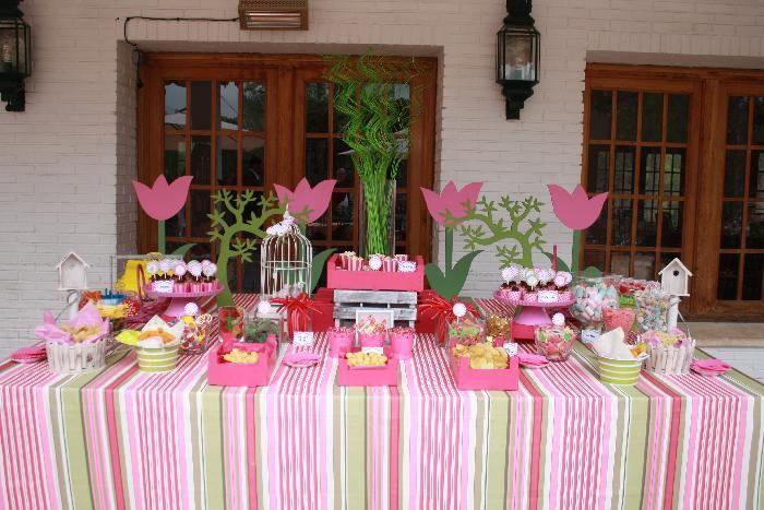 Mesas de dulces o candy bar para la primera comuni n candy dessert bar pinterest - Ideas para montar un bar ...
