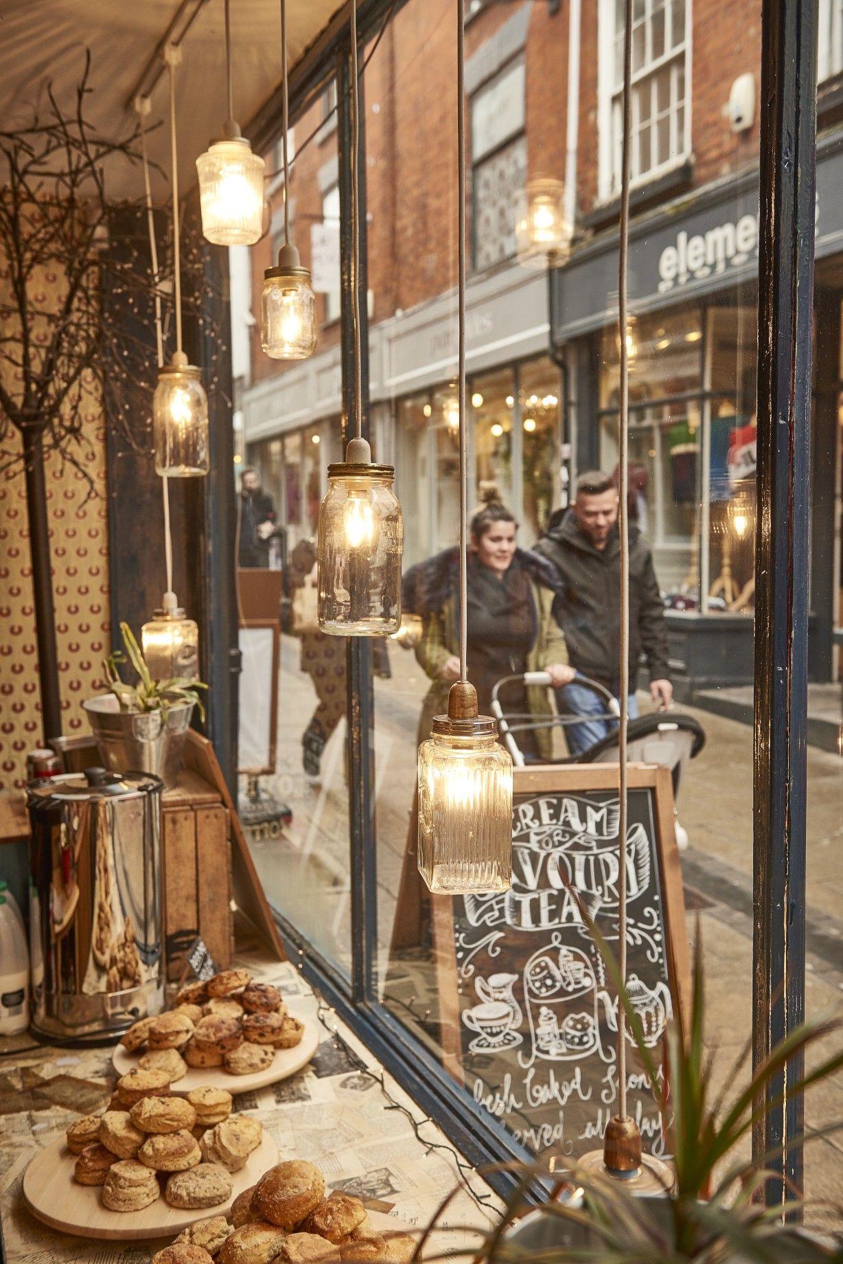 Shop Windows Looking Into Norwich Lanes Biddy S Interior Norwich Norfolk Penny Farthing Victorian Antique Tra Tea Room Enamel Teapot William Morris