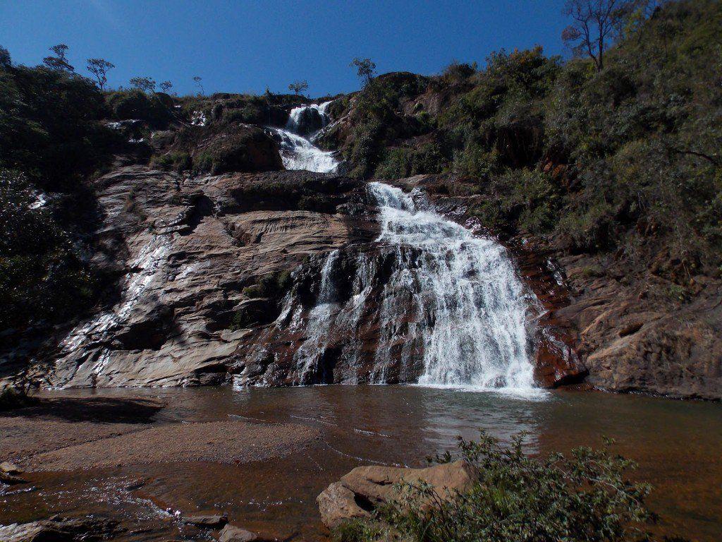 Confira uma lista com as oito cachoeiras mais próximas de beagá para você (literalmente) se jogar.