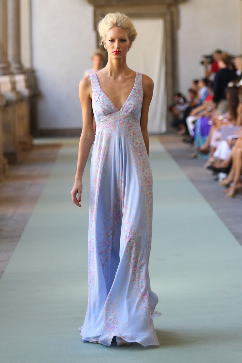 Luisa Beccaria, Italian vacation outfitter. | Vacation, Gowns and ...