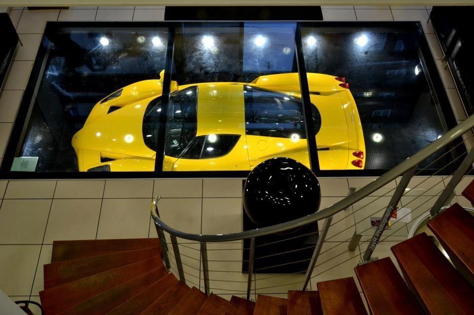 Supercar Garage