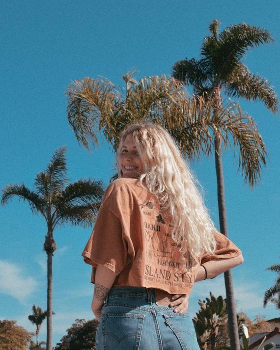 Vintage Hawaii Dirt Dyed TShirt  UpcyclingKleidung Geschenk für sie Hawaiihemd BohoKleidung ästhetische Kleidung 90er Jahre Retro kurz geschnittenes TShirt Vint...