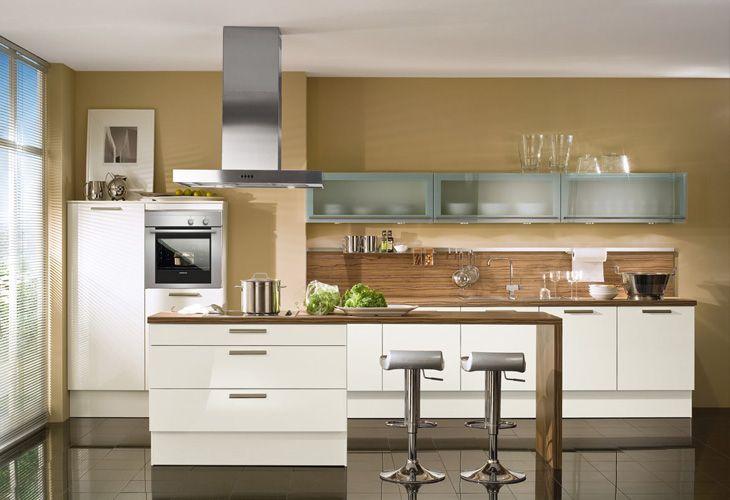 küche in weiß kücheninsel wohnküche kuechen