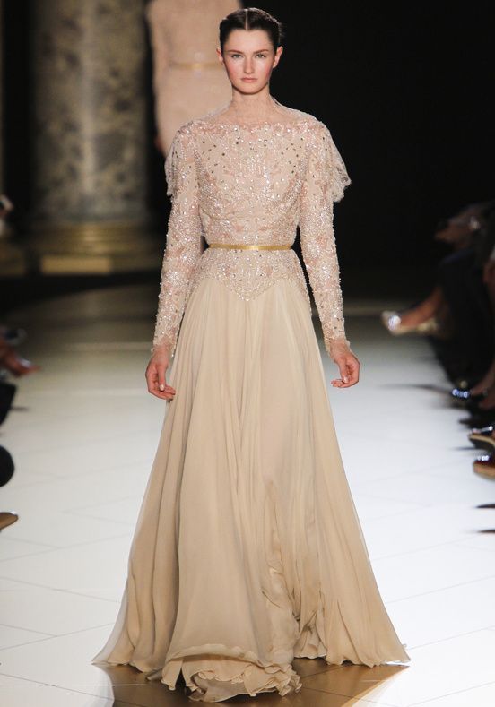 Elie Saab Haute couture fall winter 2012-2013_00110h This is for a princess, it calls S.A.S. all the way to the  end of the catwalk.