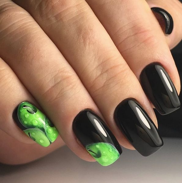 So tasty nail art design! Green apples and black gel nails all ...