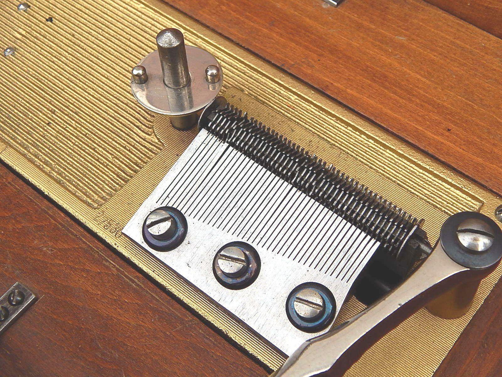 Antique Victorian Edelweiss Swiss German Large Metal Disk Music Box Hand Crank | eBay