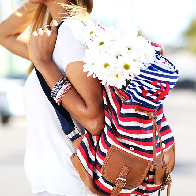 #ModernAmericana Bold accents of red, white & Blue! #USA #Memorialday
