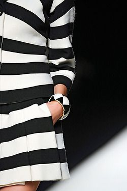 ❥ the #stripes : #lovewearyoulive