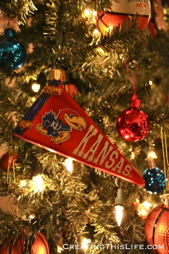 KU Christmas Tree