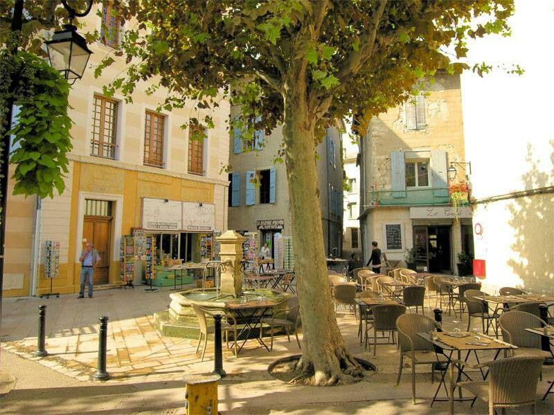 Le Lubéron Fete de village, Fete saint et Provence