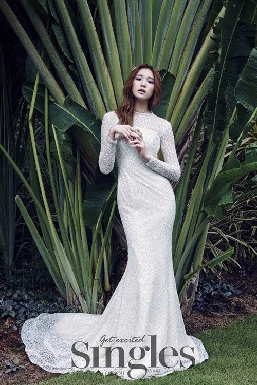 Leesungkyung Is Stunning In Lace Wedding Pictorial For Singles