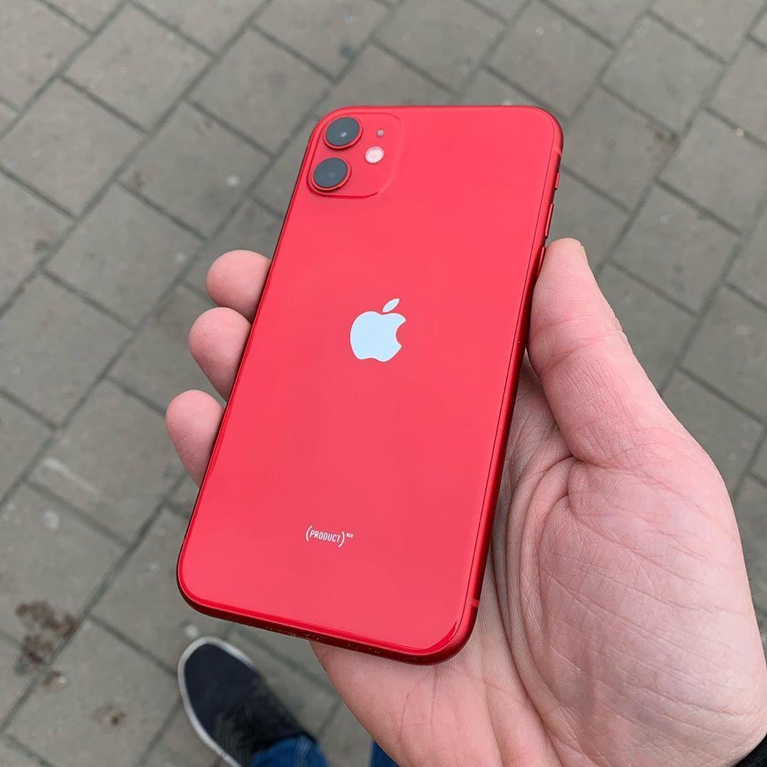 Iphonerivne Podelilsya As Publikaciej V Instagram Iphone 11 64gb Red Cina 19300grn Komplekt Telefon In 2020 Iphone Apple Phone Case Apple Products