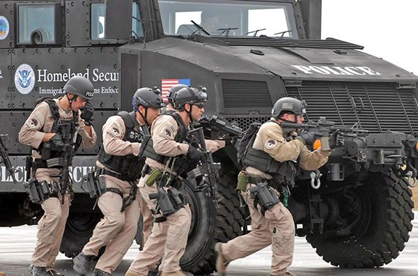 Mass. SWAT Teams Claim They\'re Private Corporations - Tea Party News ...