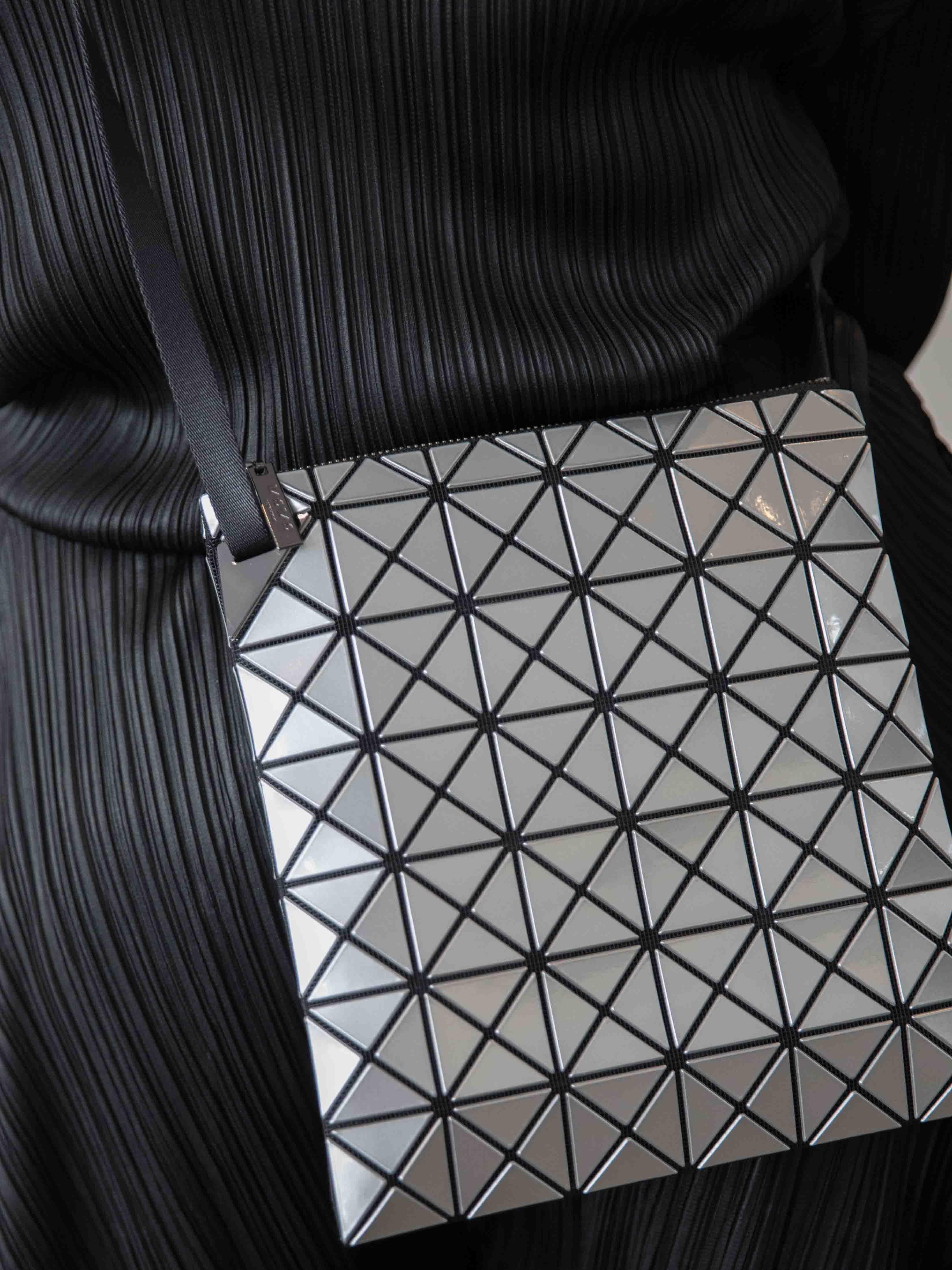BAO BAO ISSEY MIYAKE Prism Shoulder Bag  e053ec803ae97