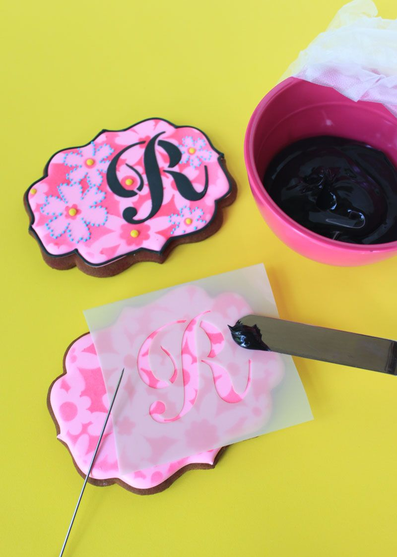 Dual Mode Cookie Stenciling With Julia M Usher Julia