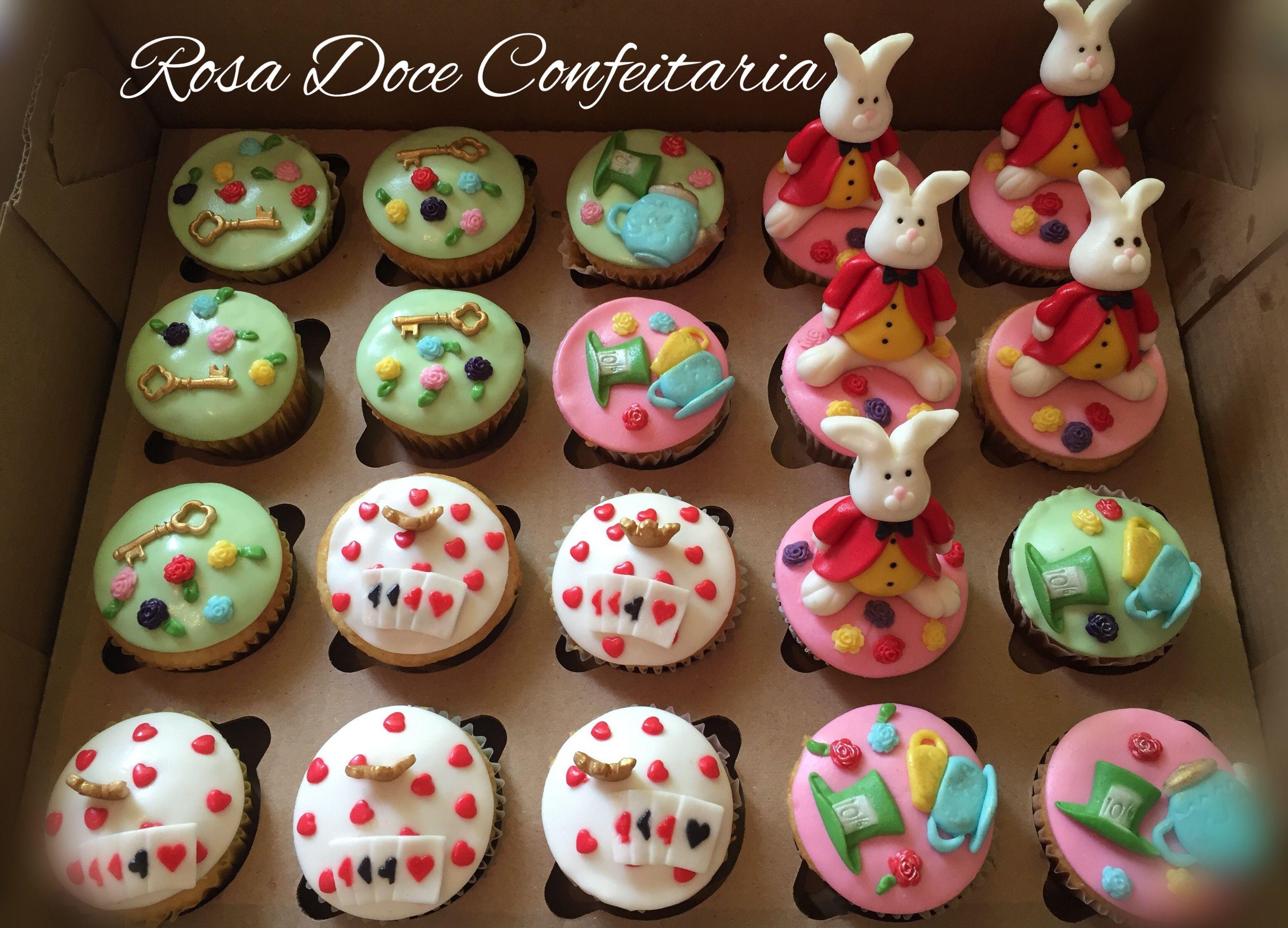 Cupcakes Alice No Pais Das Maravilhas Pais Das Maravilhas