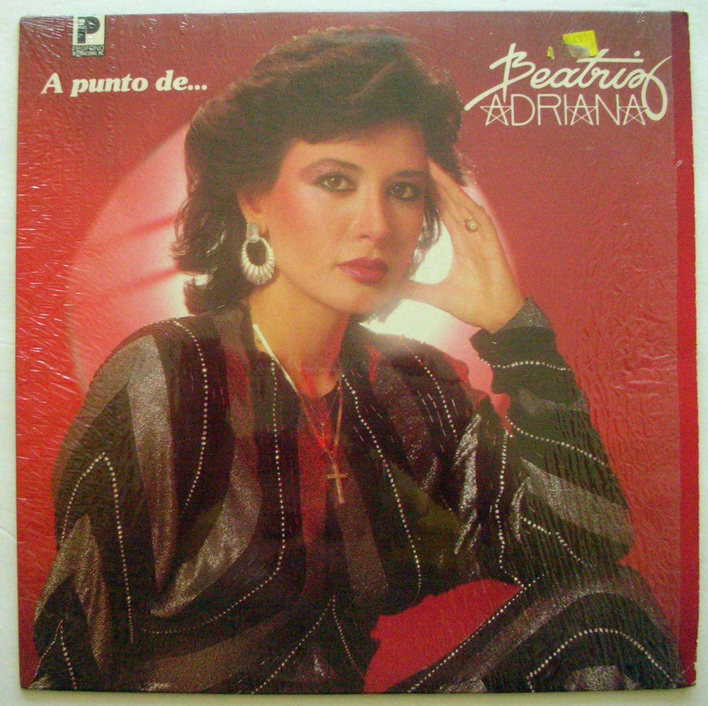 Beatriz Adriana Con Mariachi Aguilas De America A Punto De