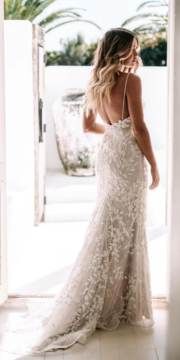40+ Beach Wedding Dresses Perfect for a Seaside Ceremony