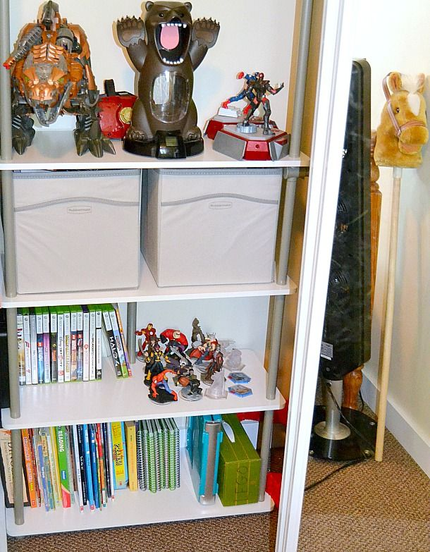 Check out how blogger mommykatandkids used the Closet