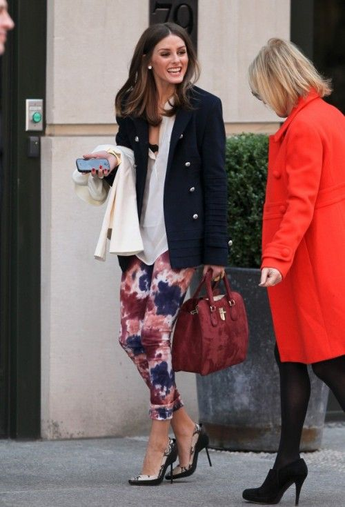 828e22e4b19f What to Wear On Mother s Day Sunday Brunch outfit with floral pants printed  on olivia palermo double breasted blazer  Oliviapalermo