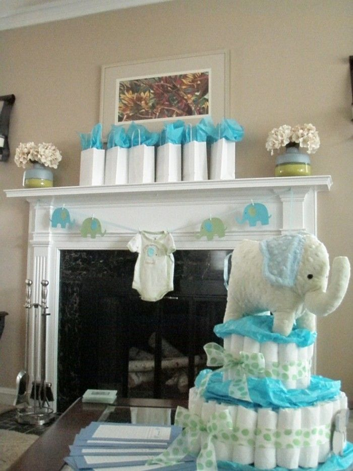 add more onesies to the garland baby shower gift bagsbaby boy shower