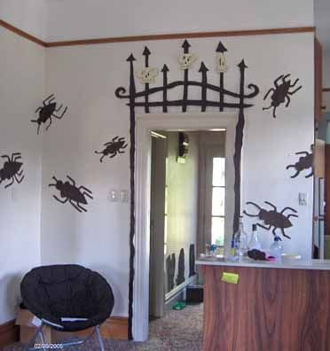 tim burton halloween party halloween beetlejuice pinterest hallways beetlejuice and gate ideas - Tim Burton Halloween Decorations