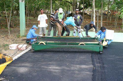 Construcción pista de atletismo en SFM avanza a buen ritmo